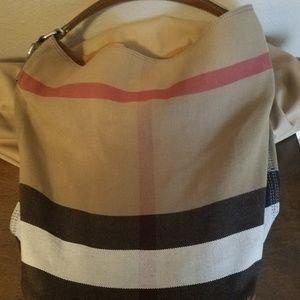 Handbags - Burberry Canvas Check Medium Ashby
